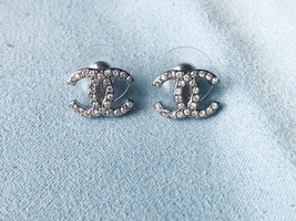 Authentic Chanel CC Logo Crystal Strass Silver Stud Earrings  image 7