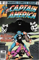 Captain America Comic Book #251, Marvel Comics 1980 VERY FINE - $6.66
