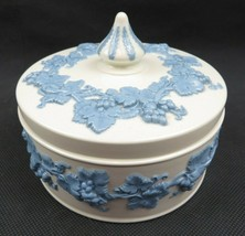Wedgwood Etruria & Barlaston Embossed Queensware Trinket Box - $39.00