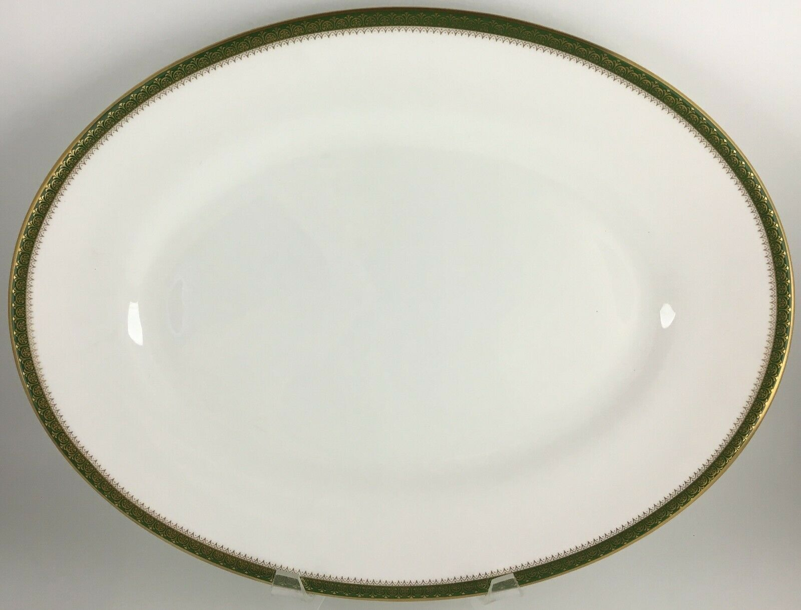 Primary image for Wedgwood Chester Oval serving platter 15 3/8 ""
