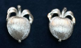 Vintage Sarah Coventry Silver Tone  Adam's Delight Apple Clip on Earrings 1960's - $14.01