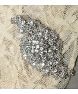 Vintage Style Bridal Wedding Dress Crystal Rhinestone Brooch Pin - $4.94