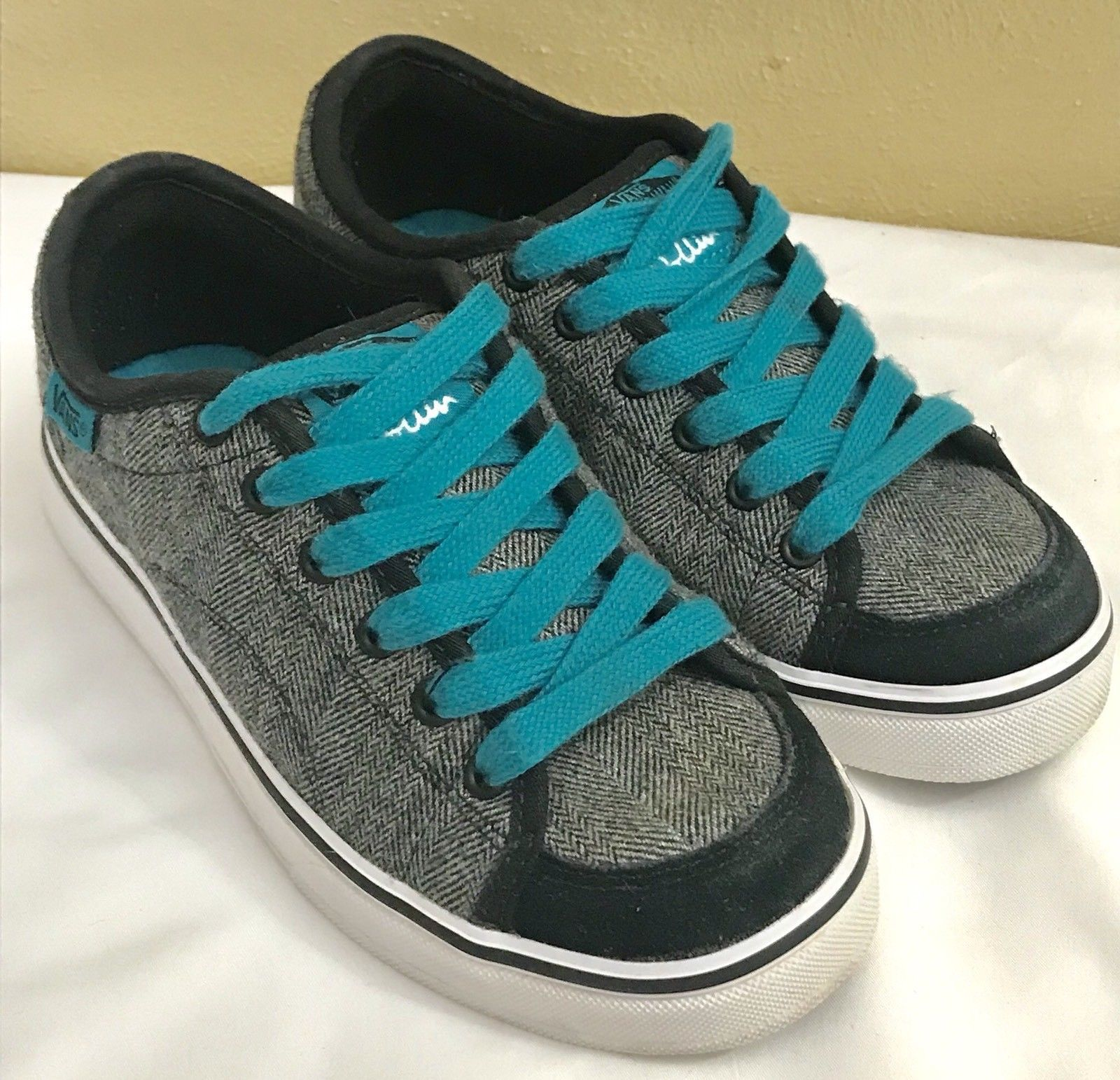 91050502b61dec Vans Of The Wall Dollin Plaid Black White and 50 similar items