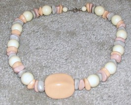 Vintage Costume Jewelry Pink/Gray/White /Bead Necklace - $8.75