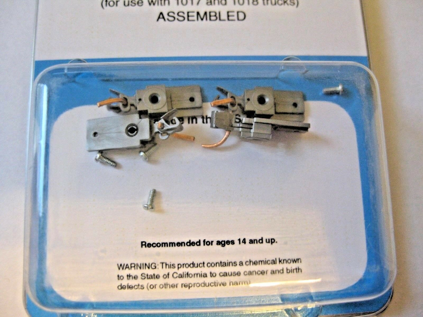 Micro-Trains Stock #00102026 Passenger Car Couplers Silver For 1017 & 1018 Truck