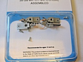Micro-Trains Stock #00102026 Passenger Car Couplers Silver For 1017 & 1018 Truck image 1