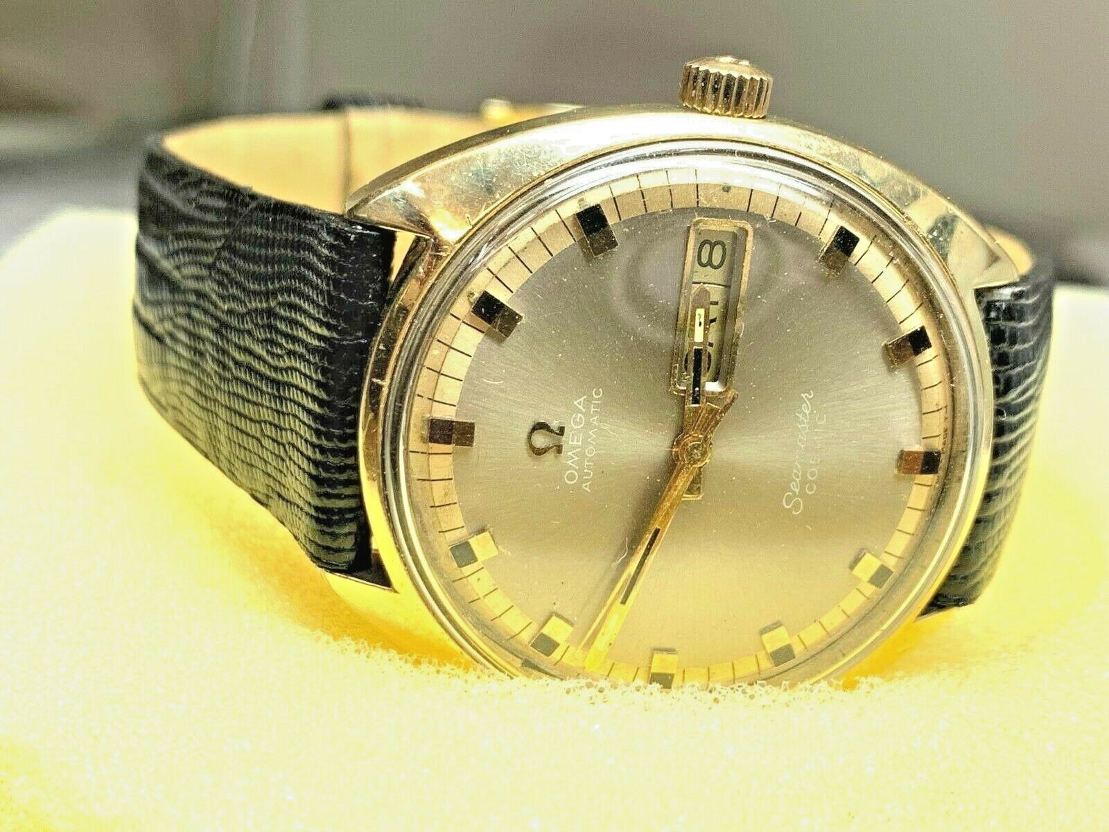 Omega Seamaster Cosmic 752 Vintage Day / Date Automatic Swiss Watch image 10