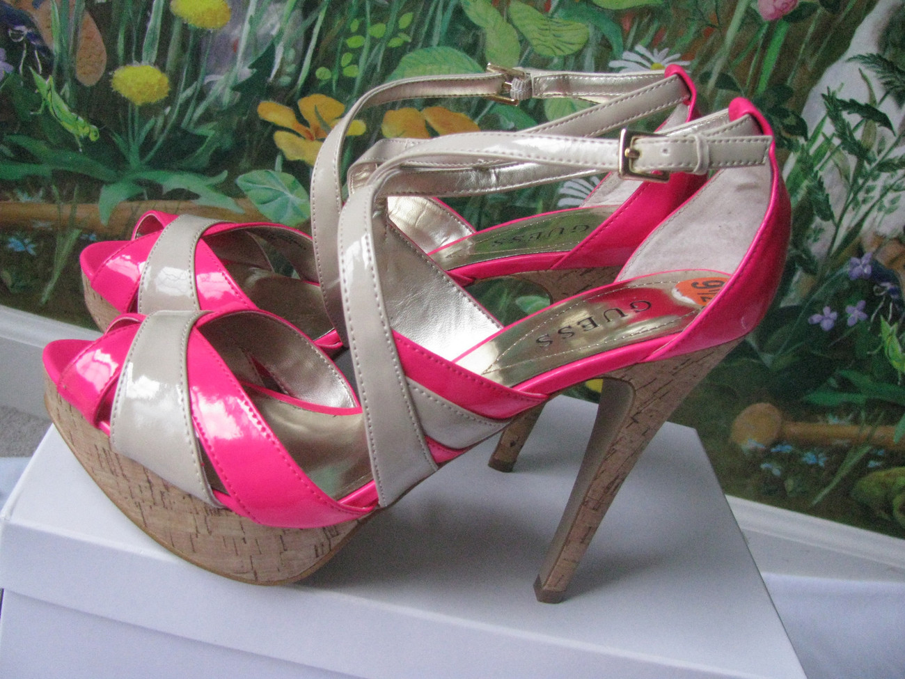 SEXY GUESS Hot Pink Peep Toe  Women Sandals Shoes SZ 9.5 NEW