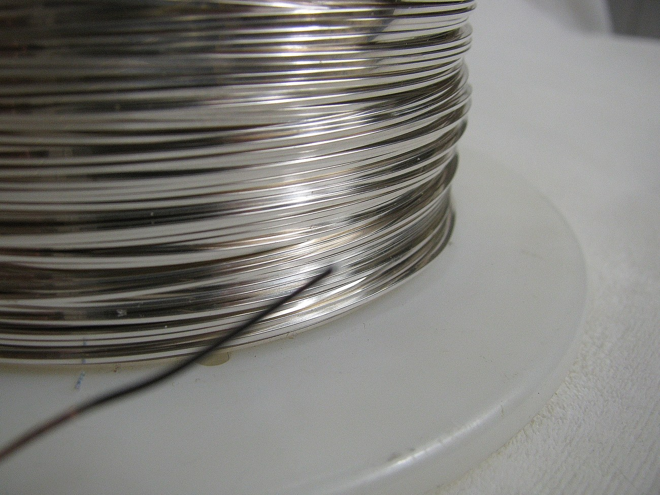 5 ft of 21 gauge square half hard Sterling Silver Wire