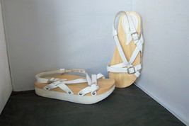 EARTH - Women's White Leather Strappy Platform Sandals - SIZE 5.5 - $21.95
