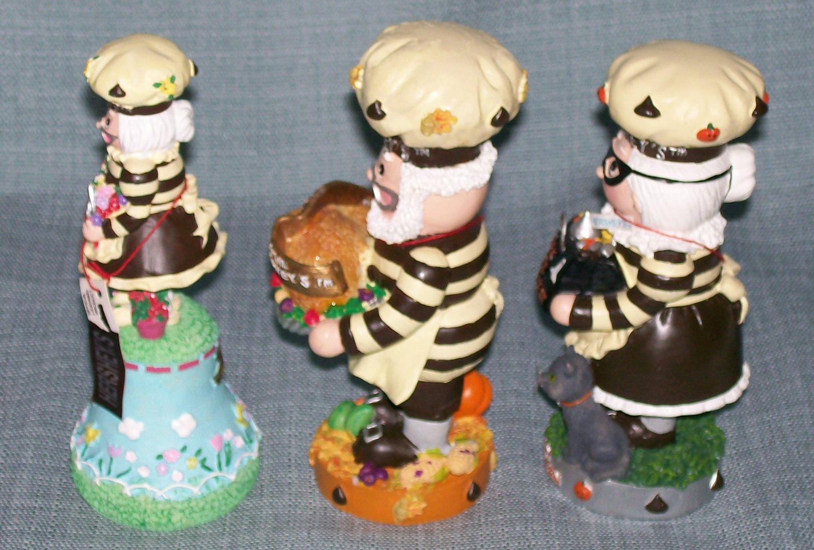 Hershey Collectibles-Spring Bell / Candy Dish, Thanksgiving, Halloween Figurines image 9