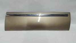 Rear Driver Side Door Exterior Trim Has Scuffs OEM 2002 Ford Excursion R313363 - $175.30