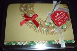 Hallmark Green Plaid Wreath Design On Brown Holiday Cards Set of 12 NEW With Tin - $19.75