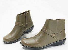 Clarks Leather Ankle Boots Size 7 1/2 7.5 Olive Green Ashland Pine  - $48.33
