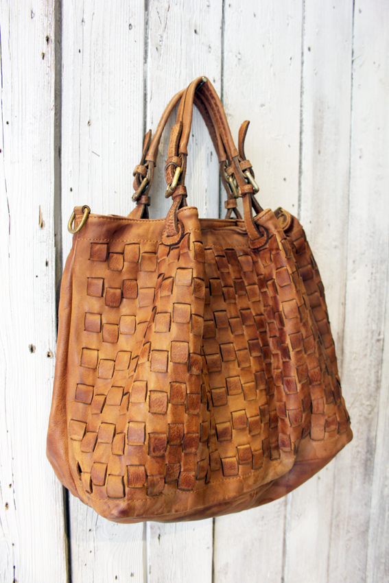 Intreccio 79 handmade woven leather bag  image 11