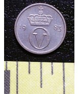 Norway Tiny 10 ORE Coin 1983 Crown & V Neat! - $1.00
