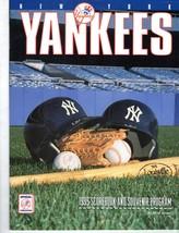 New York Yankees 1995 Scorebook And souvenir Program - $9.95