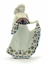 Nadal Figurine Noblesse White Dress Gaudi Series Sirens Spain New  - $74.25