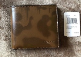 Coach  3-In-1 Wallet With Wild Beast Print SURPLUS Style 22825 - $136.70