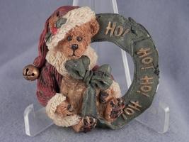 Boyds Bears Christmas Wreath Pin - $3.00