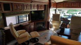 2011 Itasca Ellipse 42QD For Sale In Eugene, OR 97402 image 4