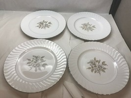 Vintage Set Of Four Dinner Plates Waverly Japan White With Beige Flowers - $27.71