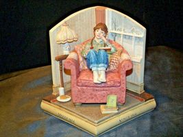 Molly 1944 American Girls Collection Figurine AA-191970 Collectible image 8