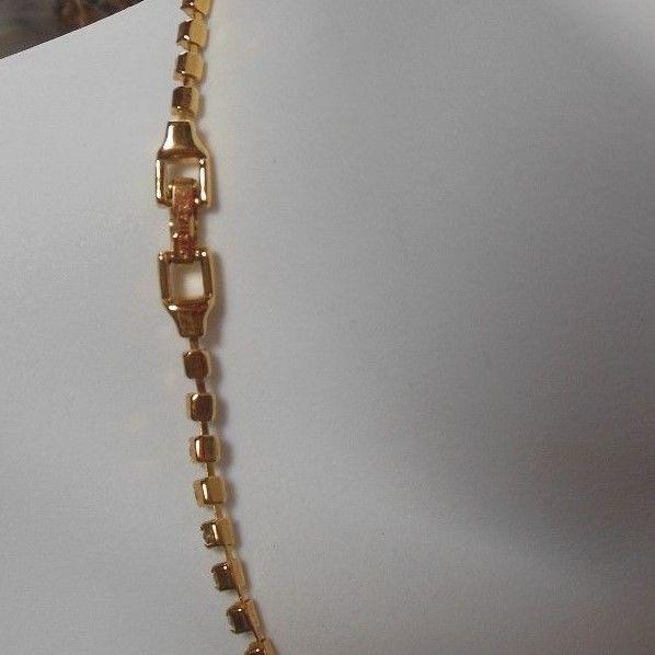 Vintage Trifari Gold-tone Clear Rhinestone Collar Necklace