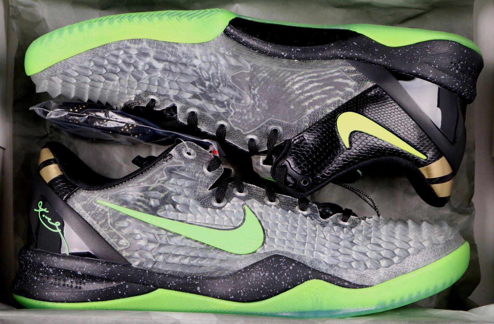0af95347340a NIKE Kobe 8 System SS sz 14 Christmas and 50 similar items. S l1600