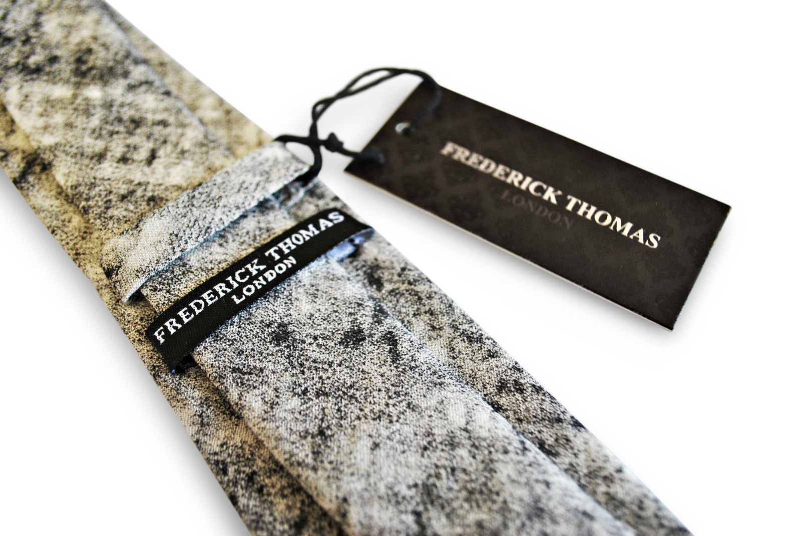 Frederick Thomas mens cotton/linen tie with black and white pattern FT3093