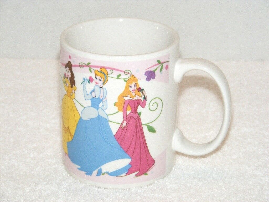 Primary image for DISNEY 3 PRINCESSES AURORA CINDERELLA & BELLE CERAMIC COFFEE MUG (GB01) GUC