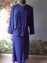 JM Collection Blue Suite Long Sleeve Velvety Fabric Skirt Suit Size 16 - $28.71
