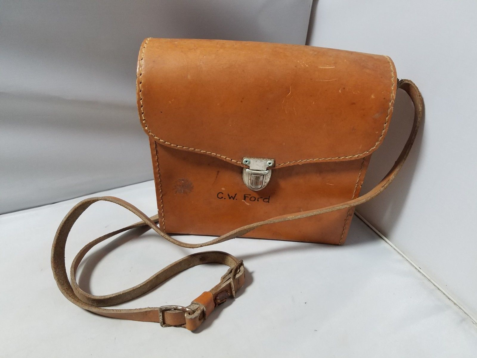 Vintage Camera Equipment Accessories Leather Brown Carrying Case Light Modifier