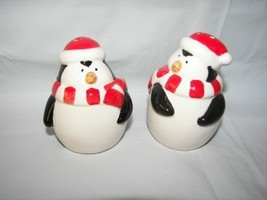PENGUIN CERAMIC SALT PEPPER SHAKERS NEW - $10.00