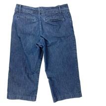 Lee Women's Size 10P Denim Trouser Style Capri Just Below The Waist Stretch EC - $14.10