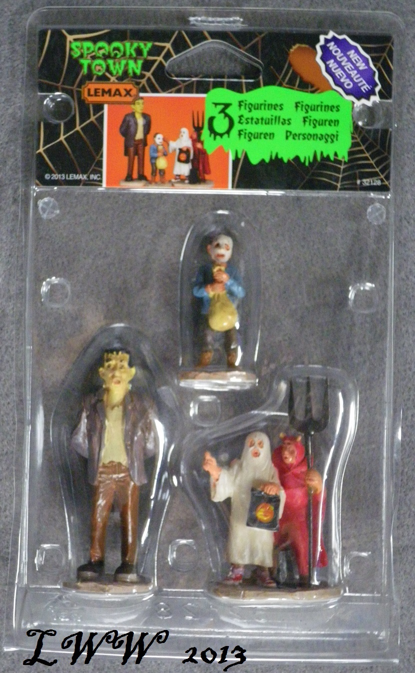 Halloween Lemax Spooky Town Village Is that really...? Set of 3 Figures figurine