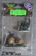 Halloween Lemax Spooky Town Village Wine Barrels Set of 2 Figures black ... - $4.99