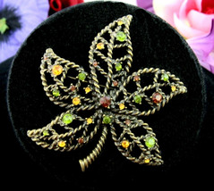 Rhinestone LEAF BROOCH Vintage PIN Avon BROWN YELLOW GREEN Dark Goldtone... - $18.99