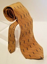 Bill Blass Black Label 100% Silk Gold Feather Diagonal Wave Urban Tie Ne... - $9.70
