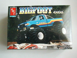 Factory Sealed Bigfoot 4x4x4 Monster Truck By AMT/Ertl #8138 - $108.89