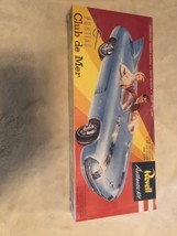 Revell Pontiac Club de Mer Model Car Kit Sealed - $9.89