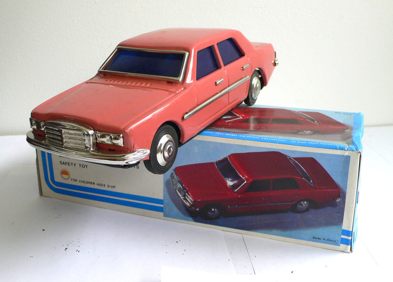 vintage red china mercedes sedan voiture friction mib mf254 1970 39 s vehicles
