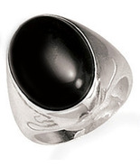 BLACK ONYX RING , BOLD 15MM OVAL CENTER STONE IN .925 STERLING SILVER RING, SZ 9 - $78.00