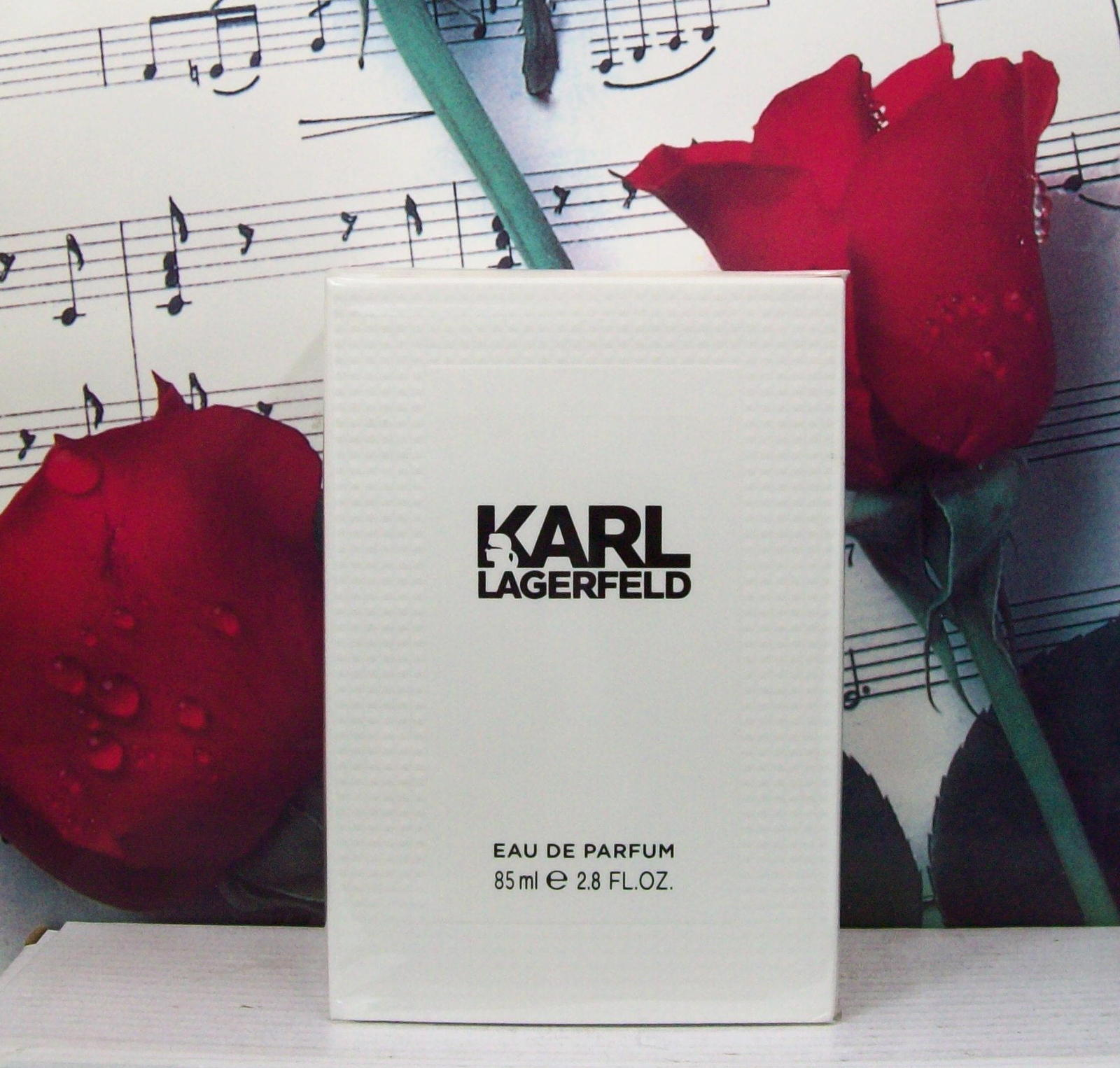 Primary image for Karl Lagerfeld EDP Spray 2.8 FL. OZ.