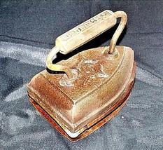 SAD Iron and Trivet AB 565-L Antique8 GENEVA IL - $49.95