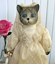 Vintage Pair Porcelain Bride And Groom Gray Tabby Kitty Cat Dolls On Stands - $44.54