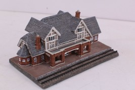 Danbury Mint Collectable Historic RR Stations The Flagstaff Railroad Sta... - $25.00