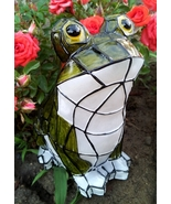 Mosaic Frog Light Solar Powered Garden Decor  - $29.04