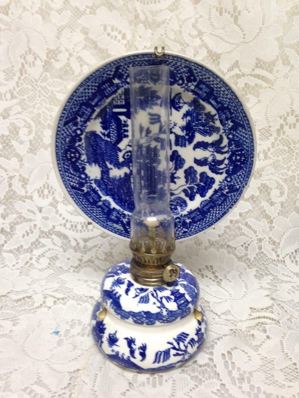 Vintage, Rare,  Beautiful 4-pc Blue Willow Oil Lamp with Reflector 10in x 6in - $94.95