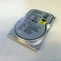 "Seagate ST320430A 3.5"" 20.4 GB 40-Pin IDE HDD - $20.00"